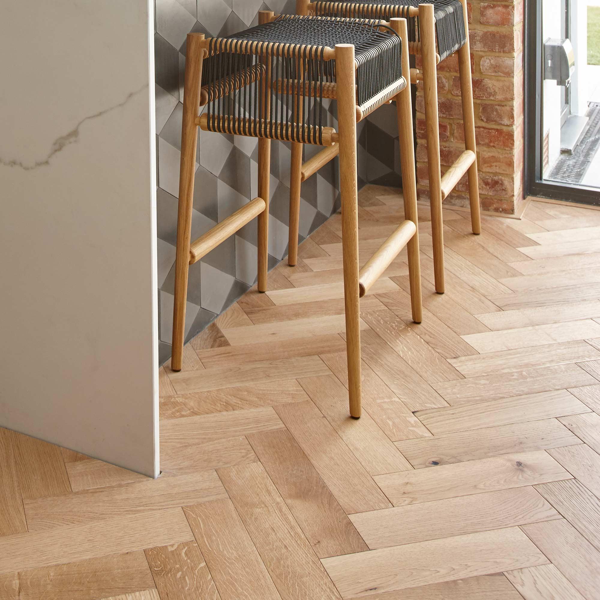 Zb109 Brushed Amp Lacquered Oak V4 Wood Flooring Ltd