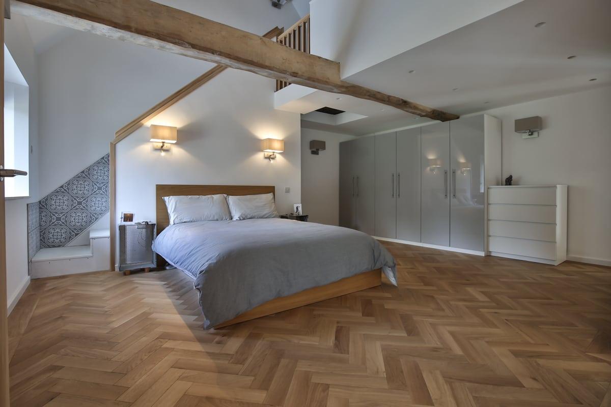 zigzag natural oak barn conversion