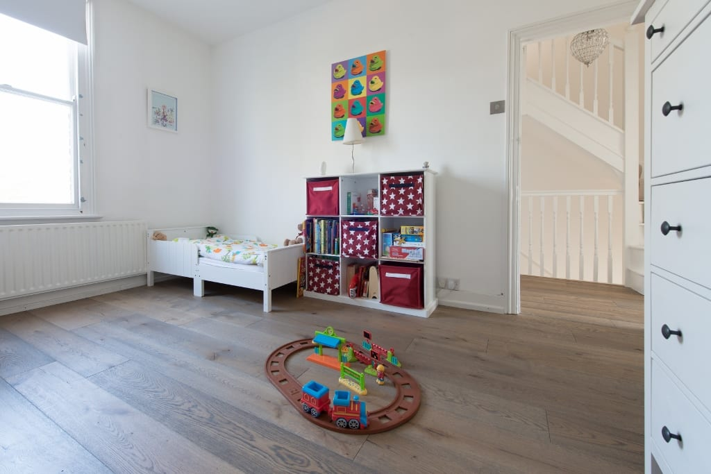 deco wood floor childrens bedroom