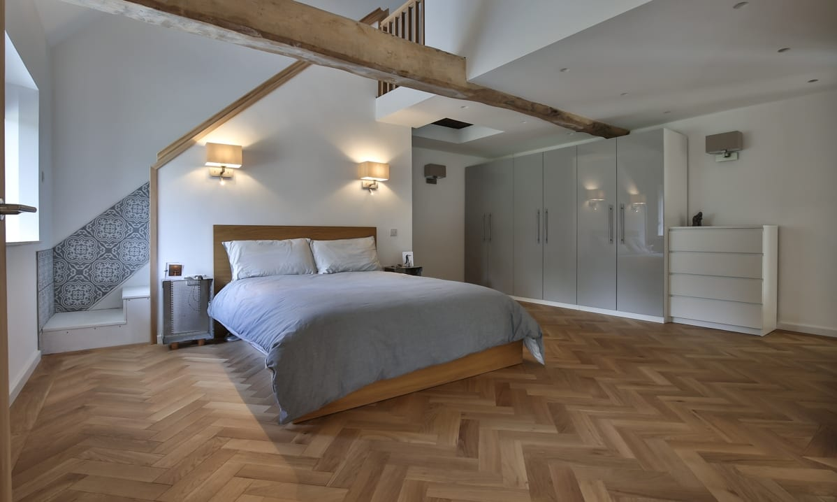 excellent wood flooring bedroom ideas | Wood flooring in bedrooms | Add wood floor style to ...