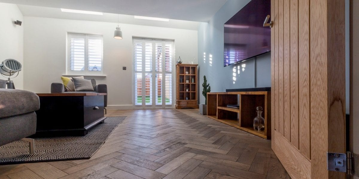 zigzag frozen umber oak floors in manchester home 5