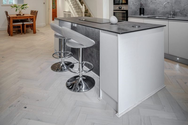 zigzag white island sand wood floors in cornwall 5
