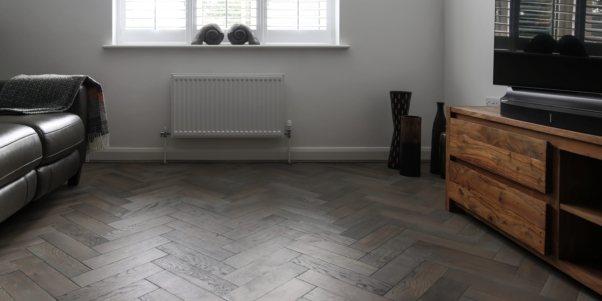 zigzag silver haze in cotswold home 3