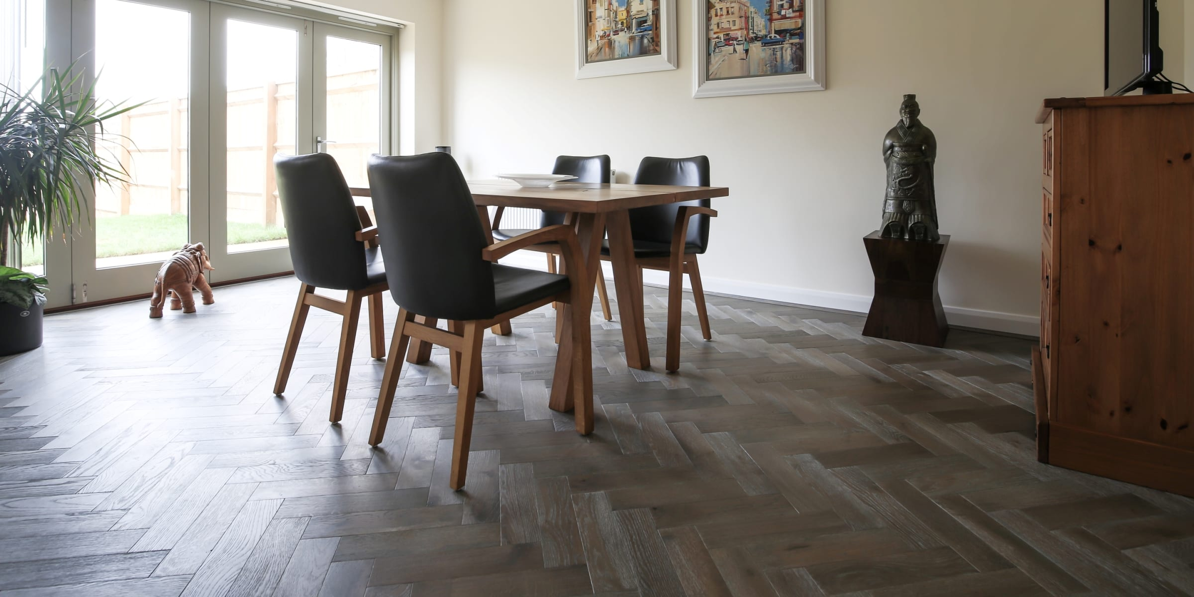 zigzag silver haze in cotswold home 4
