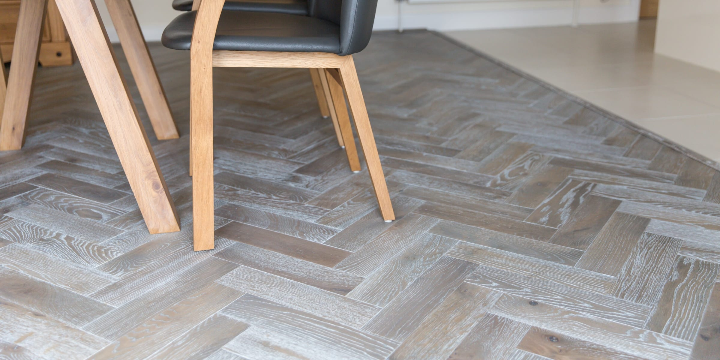 zigzag silver haze in cotswold home 7
