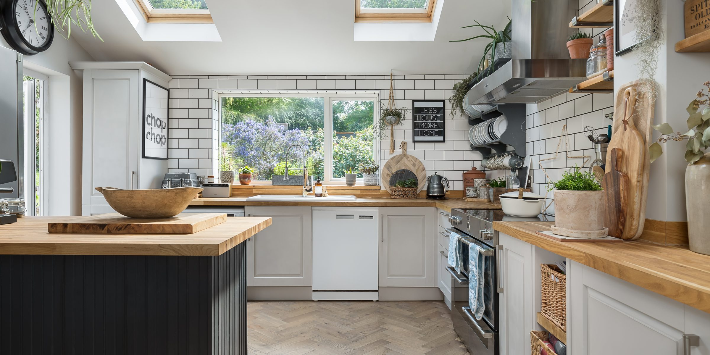 kitchen with zigzag frozen umber 2