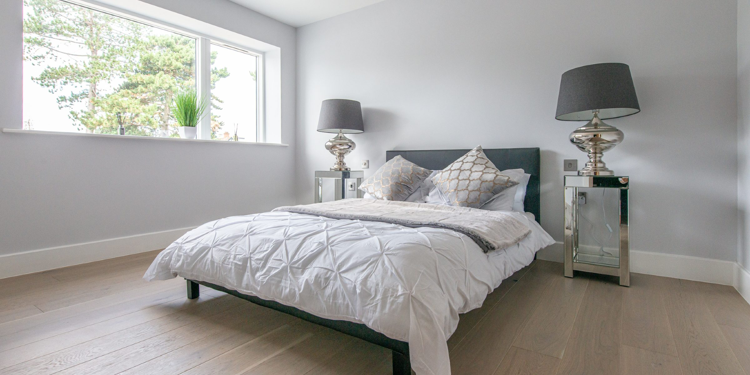 bedroom with Alpine Lock Fjordic Shore