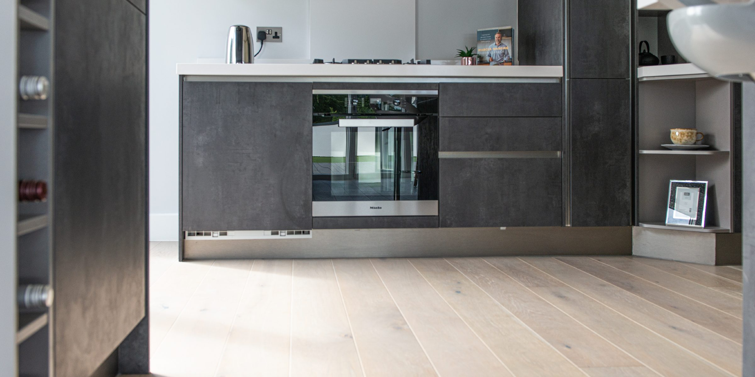 modern kitchen in epsom apartments